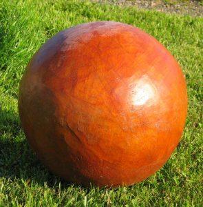 Egg terra cotta closed sphere - SOLD